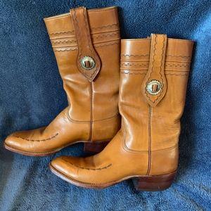Lucchese Boots Sz 8 EUC Rare silver embellishment